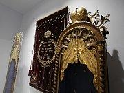 Jihočeské muzeum otevře 28. října novou stálou expozici Příběh města Českých Budějovic. Tři sály zaplní přes tisíc předmětů. Na snímku oddíl věnovaný židovské komunitě ve městě.