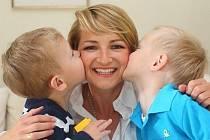 Julia Sternová s dětmi.