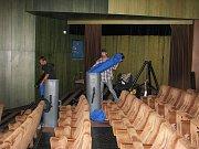 V českobudějovické sportovní hale proběhlo sčítání pro celý Jihočeský kraj