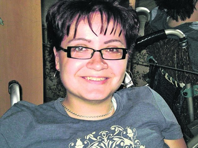 Invalidní vozík Veronice Kampošové nebrání v tom, aby se věnovala věcem, jež ji baví.