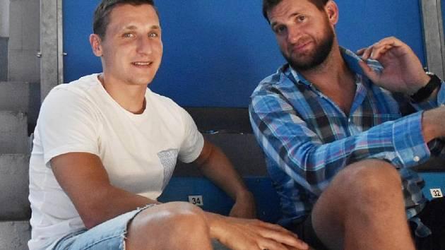 Tomáš Mertl (vlevo) se svým bývalým spoluhráčem Martinem Podlešákem.