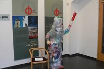 Zastupitelský klub České pirátské strany a Strany zelených v budějovickém zastupitelstvu přichystal plastovou sochu Svobody, kterou nabídne městu jako dar.