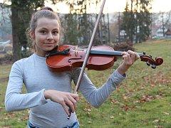 Zdenka Matušinocá z Loučovic je nadějná houslistka.
