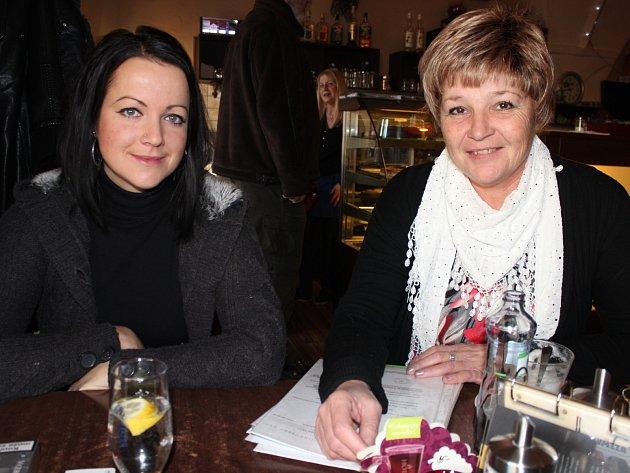 Šárka Rousková (vlevo) a Iva Volková rozjely republikově ojedinělý program na záchranu zvířat.
