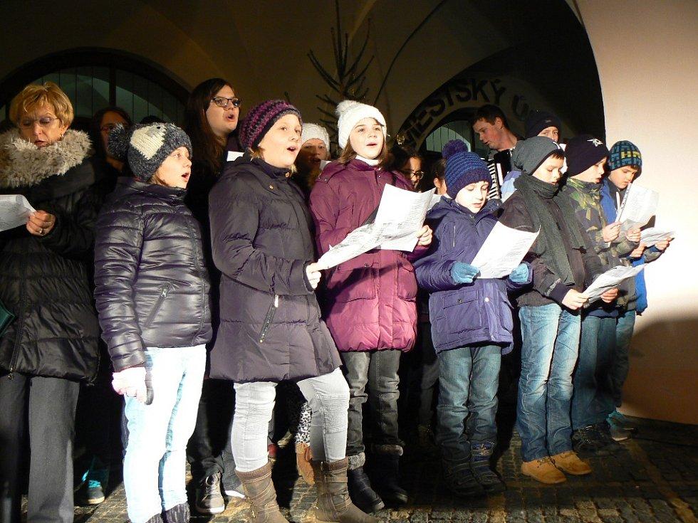 Zpívání koled v Týně nad Vltavou.