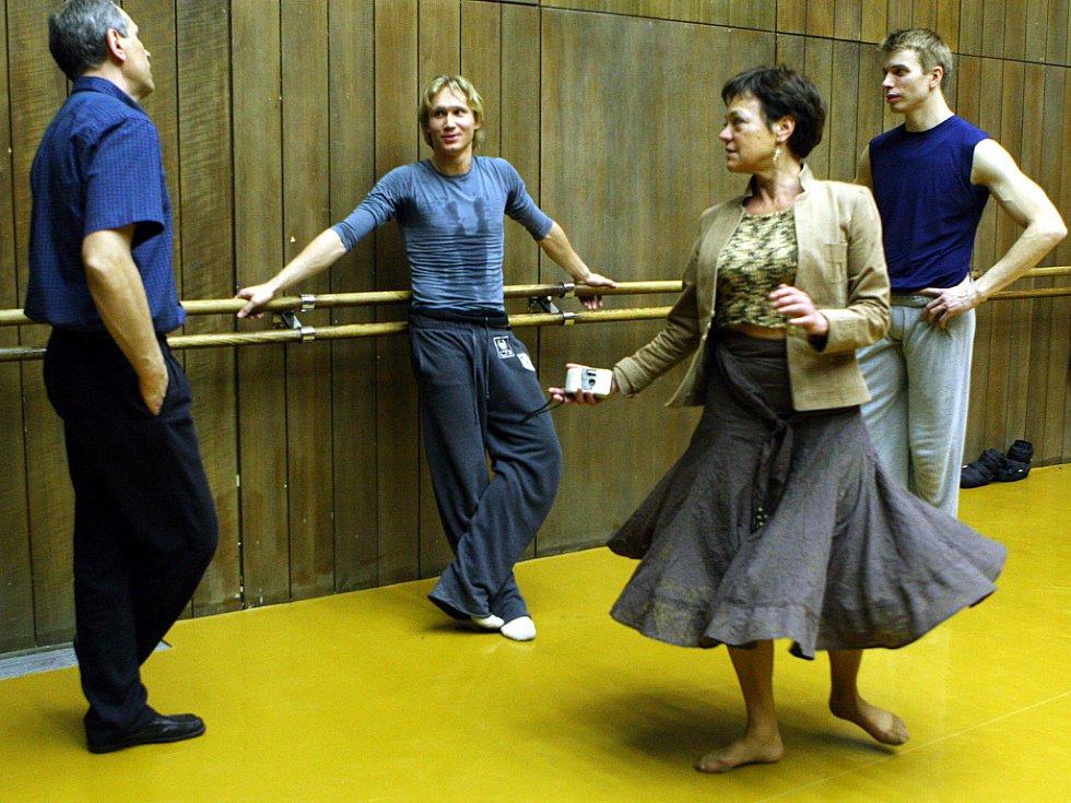 Společný trénink sólisty JD Zdeňka Mládka a Hvězdy ruského Marujinského divadla Michaila Lobuchina.