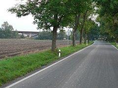 U krouhárny zelí nedaleko Roudného (na snímku vlevo) se má křížit dálnice D3 s Plavskou. Silnice by ale neměla sloužit jako přivaděč na dálnici pro České Budějovice. Naopak, dálnice by měla z Plavské odvést auta jedoucí od Římova.