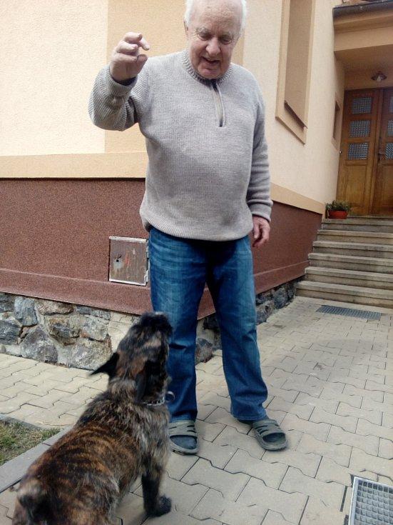 Miloslav Faktor a pejsek Sam