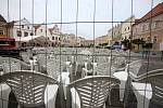 Na náměstí vzniklo při Slavonice Festu letní kino. Na rozdíl od večerních projekcí při Anifilmu v Třeboni se zde ale vybírá vstupné.