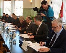 MEMORANDUM o výstavbě a financování Science centra v  Českých Budějovicích podepsal ve středu Jihočeský kraj s partnery.