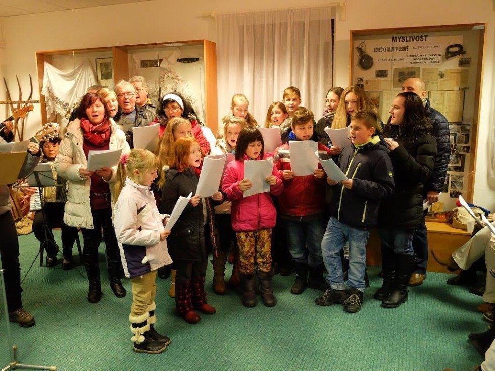 Koledy se zpívaly také v Lišově.
