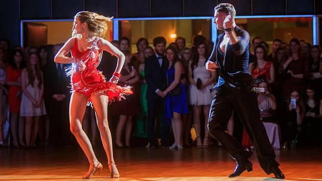 Jihočeská univerzita nabídla v pátek skvělý ples, a to už pětadvacátý.