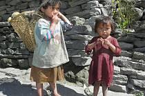 """Do Nepálu a Tibetu vyrazil v loňském roce Vladimír Kolář z Lišova se svou manželkou Věrou a několika přáteli. """"Je hodně důležité, do jaké oblasti se tam člověk dostane,"""" říká."""