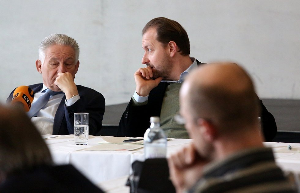 V Linci pořádají od 18. do 21. února Muzejní dny. Do devíti galerií a muzeí bude společné vstupné 10 eur, program míří hlavně na rodiny s dětmi. Snímek z tiskové konference v Muzeu umění Lentos, vlevo hejtman Josef Pühringer.