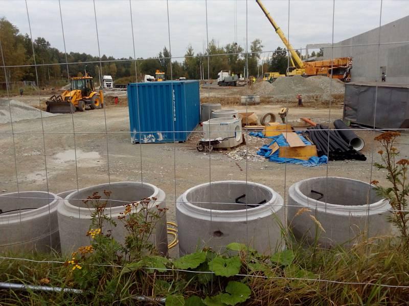 Stavba pro Kaufland v Českých Budějovicích v září 2021.