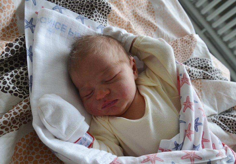 Josefína Centková z Libějovic. Prvorozená dcera Kristýny Centkové se narodila 12. 3. 2021 v 8.36 hodin. Při narození vážila 3600 g a měřila 51 cm.