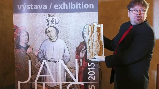 Husitské muzeum v Táboře otevře 5. června velkou výstavu k poctě Jana Husa. Nabídne stovky exponátů. Na snímku ředitel muzea Jakub Smrčka.