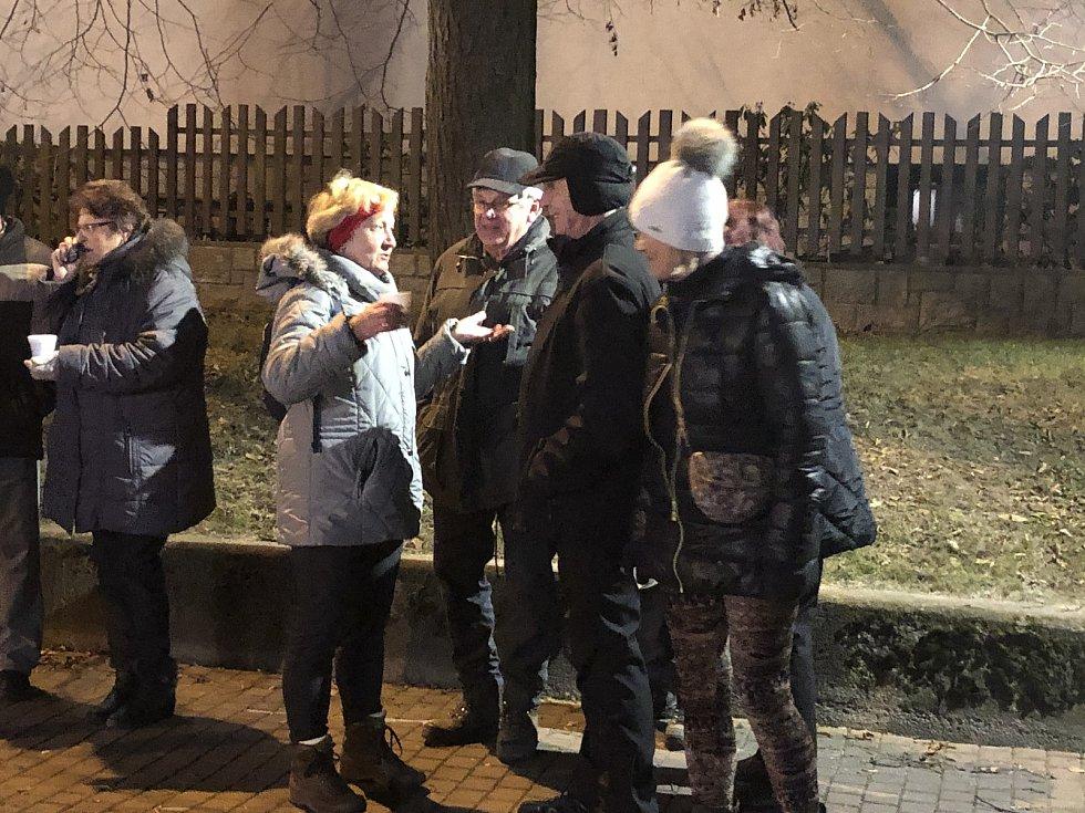 Česko zpívá koledy 2019 v Hluboké nad Vltavou.
