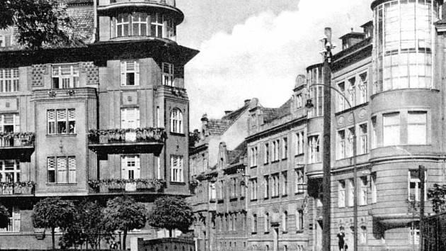 Říhovo sanatorium v ulici U Tří lvů před rokem 1945.