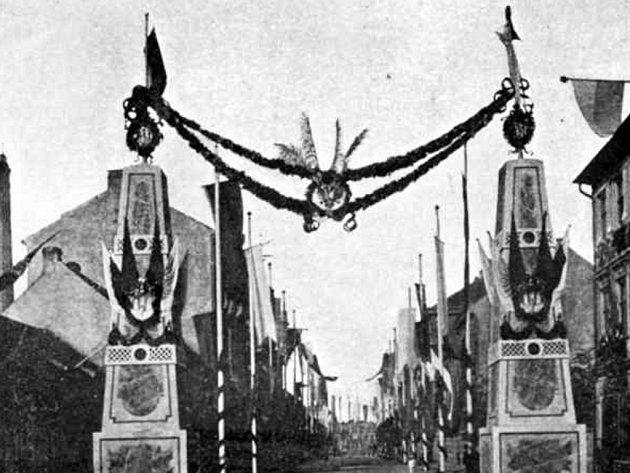 Půrmyslová ulice a via triumphalis v roce 1895.
