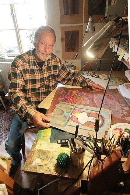 Výtvarník Tomáš Paul, který nyní žije a tvoří v Třeboni.