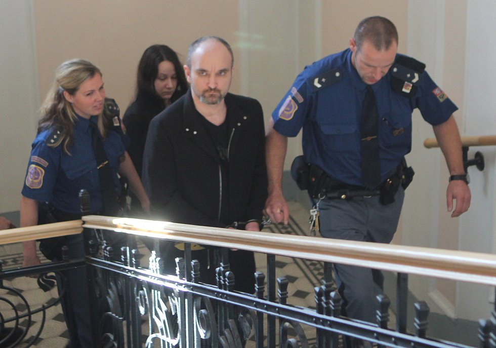 Vrazi opět u Krajského soudu v Českých Budějovicích