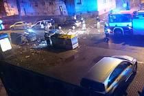 Kovový kontejner byl rozmetán do několika desítek metrů okolo.