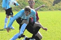 Jaroslav Hílek pro žluté karty ligu hrát nemohl, pro juniorku Dynama ale v derby byl vítanou posilou.