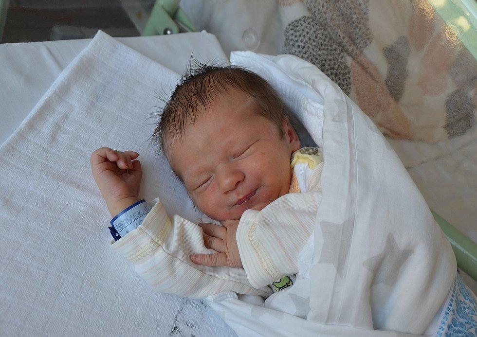 Jan Matásek z Písku. Syn Jany a Václava Matáskových se narodil 15. 6. 2021 v 1.33 hodin. Při narození vážil 3420 g a měřil 50 cm. Doma brášku přivítal Vašík (3,5).