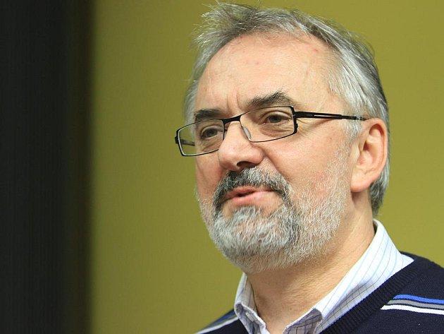 Současný rektor Jihočeské univerzity Libor Grubhoffer.