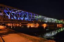 Železný most v Týně nad Vltavou. Ilustrační foto.