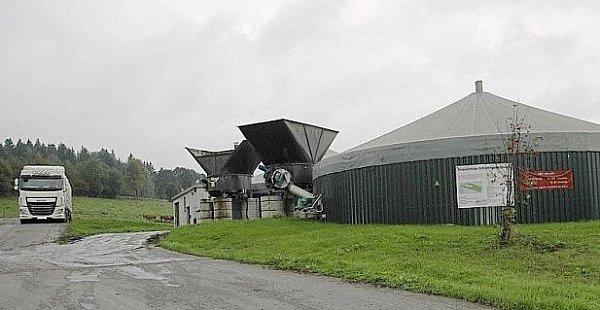 Zařízení na bioplyn usousedů.