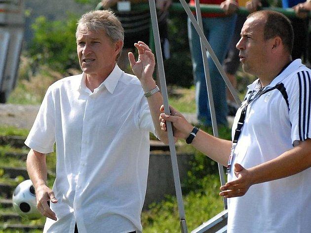 Jiří Lerch (vpravo) vystřídal Jiřího Juráska (vlevo) na postu hlavního trenéra fotbalistů třetiligového béčka Dynama