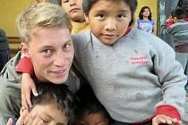 Tom z Pasova pomáhá v Peru.