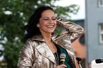 Podle informací manažera Lucie Bílé se zpěvačka na vystoupení v kouzelném prostředí soutoku Malše a Vltavy těší.