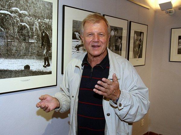 Miloslav Paulík končí 31.prosince 2014jako ředitel Muzea fotografie vJindřichově Hradci.