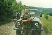 Bohuslav Jäger byl řadu let příslušníkem ozbrojených sil České republiky. Jako psycholog působil u jednotek nasazených v zahraničí. Dnes žije v Českých Budějovicích, kde má soukromou praxi.