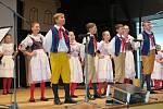 Blaťácký soubor písní a tanců Ševětín uchovává nejen kroje, ale i obyčeje. Foto: archiv Marie Švejdové