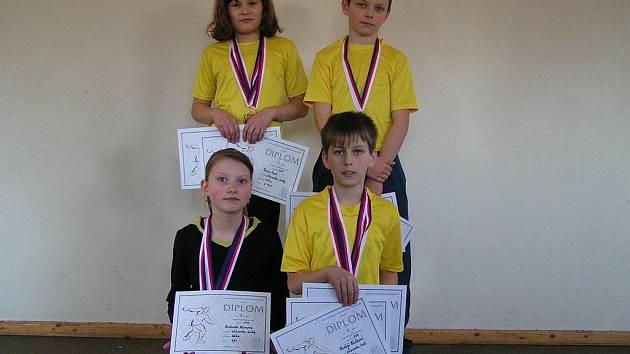 Atleti z SK Čéčova s medailemi z krajského přeboru