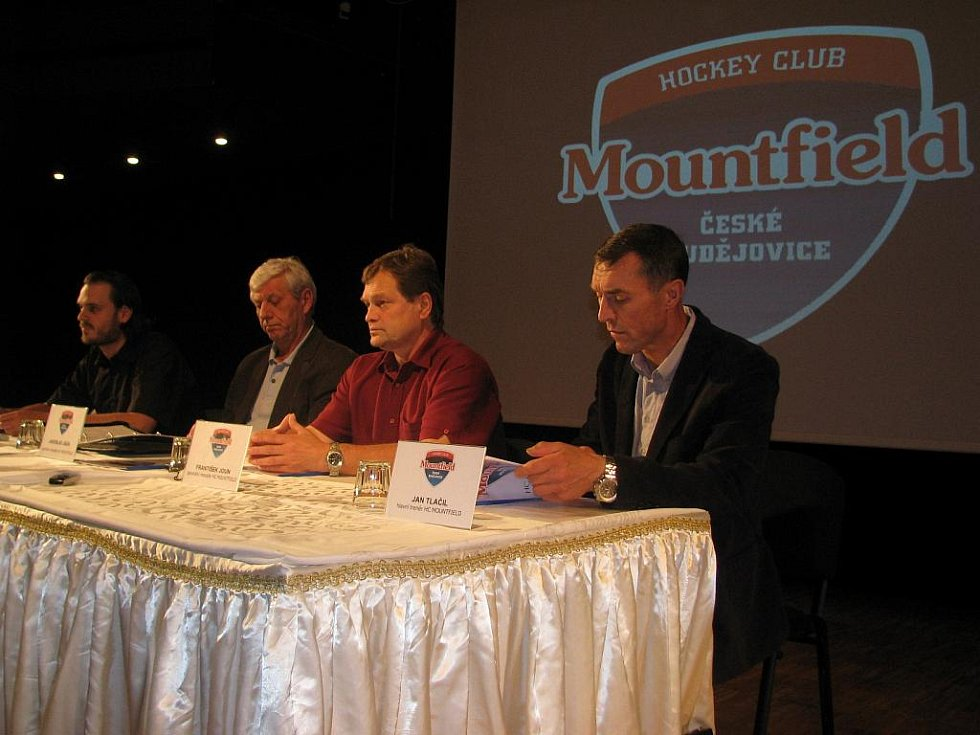 Tisková konference HC Mountfield před sezonou
