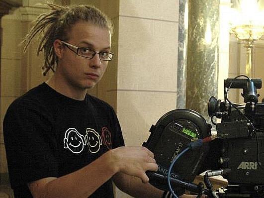 Festival Černá věž nabídne od 24. do 26. listopadu v českobudějovickém Divadle U Kapličky asi 50 amatérských filmů. V porotě, která udělí pět cen, sedí i režisér a budějovický rodák Jakub Hussar (na snímku).