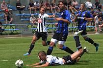 Po tomto faulu brněnského Zezuly na Petra Benáta zvýšil Machovec z penalty na 9:1 pro Dynamo.