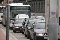 24. června budou odboráři dopravních podniků v krajských městech stávkovat proti vládním reformám. Cestující českobudějovické MHD se ale bát nemusejí, v jihočeské metropoli bez ohledu na stávku bude provoz zachován.