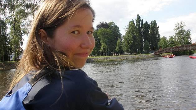 Osmnáctiletá Naděžda s dalšími Bělorusy zamířila domů.