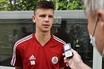 Patrik Hellebrand, jeden z nových hráčů Dynama ČB, odpovídá na dotazy Deníku.