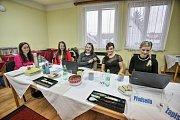 Druhý den prezidenských voleb v Plavu.