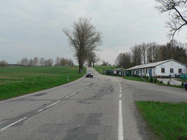 Silnice u Rankova a trase z krajského města do Trhových Svinů bývá zrádná hlavně v zimních měsících.