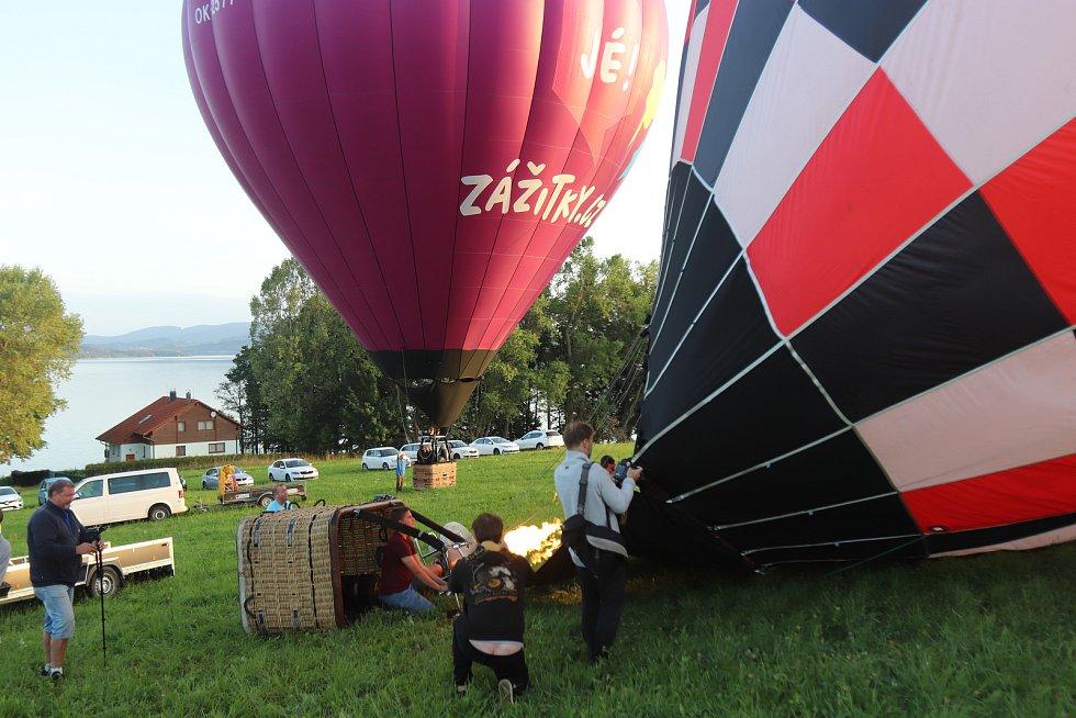 Balonové létání nad Lipenskem.