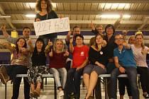 Na Kabelkovém veletrhu Deníku se podařilo vybrat 227 430 korun.  Šťastný tým Deníku, Městské charity České Budějovice a IGY Centra vám všem děkuje!