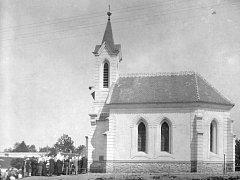 Historická fotografie ukazuje, jak vypadala zalinská kaple svatého Václava v době svého dokončení.
